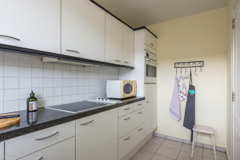 Verzorgd appartement met twee slaapkamers en terras te Wijnegem! afbeelding 10