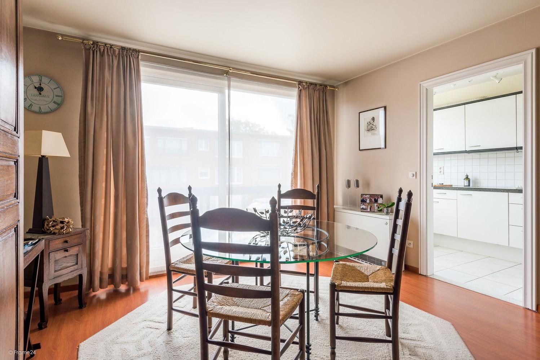 Verzorgd appartement met twee slaapkamers en terras te Wijnegem! afbeelding 8