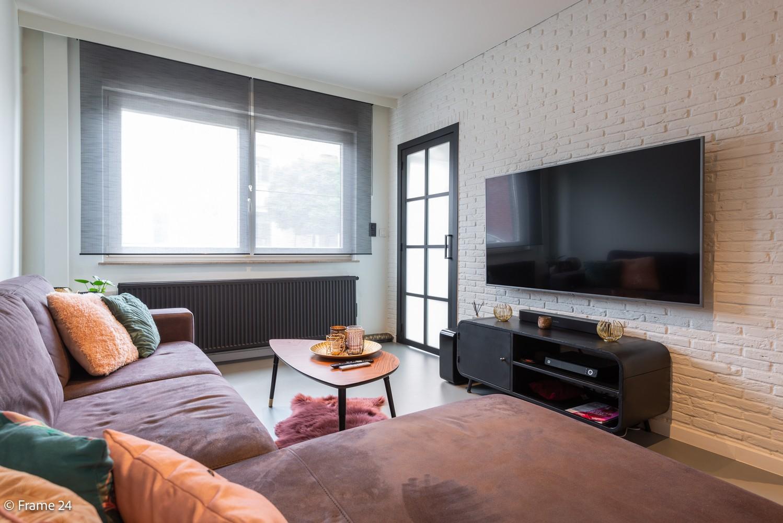 Prachtig gerenoveerde woning met 3 slaapkamers op een rustige locatie te Ekeren! afbeelding 3