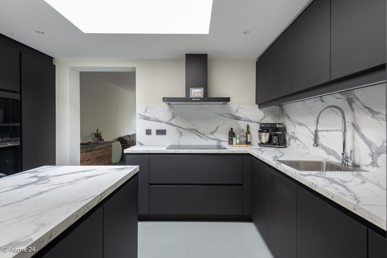 Prachtig gerenoveerde woning met 3 slaapkamers op een rustige locatie te Ekeren! afbeelding 10