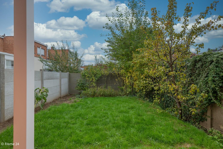 Te renoveren woning met 3 slaapkamers en tuin op een centrale locatie te Deurne! afbeelding 13