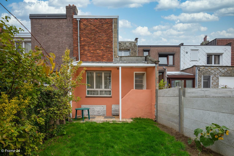 Te renoveren woning met 3 slaapkamers en tuin op een centrale locatie te Deurne! afbeelding 14