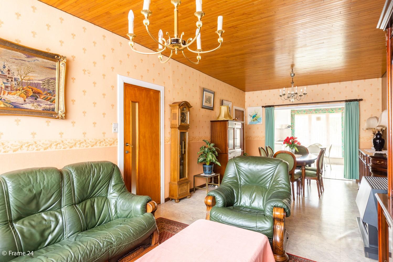 Te renoveren woning met 3 slaapkamers en tuin op een centrale locatie te Deurne! afbeelding 4