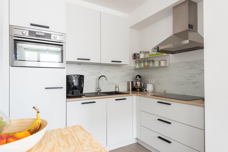 Recent appartement (valt onder registratie!) met twee slaapkamers & ondergrondse staanplaats te Hoboken! afbeelding 4