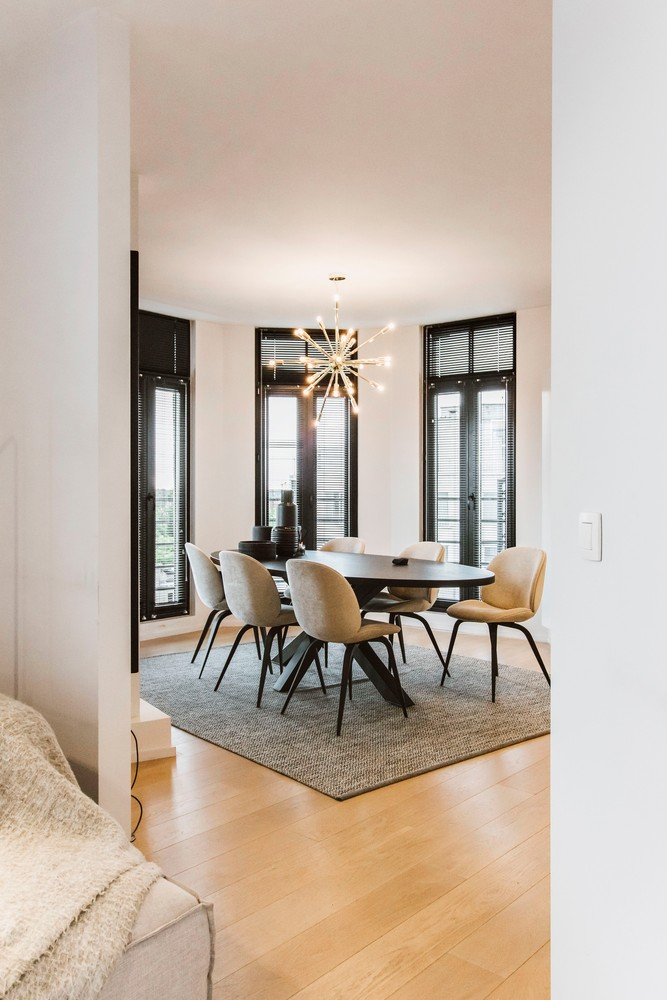Luxueus gerenoveerde penthouse (230 m²) op uitstekende ligging te Antwerpen! afbeelding 10