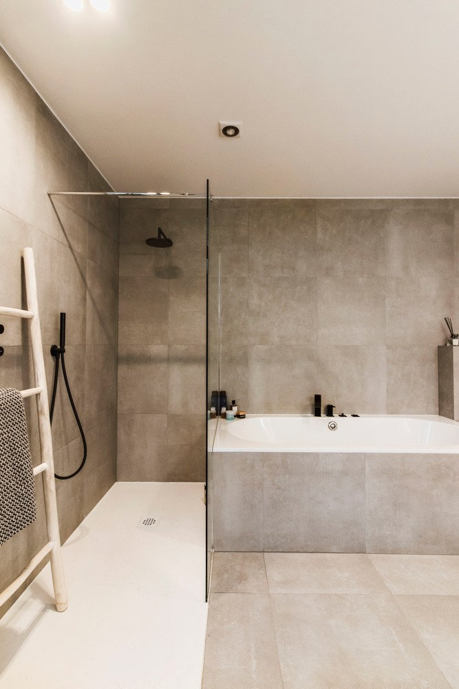 Luxueus gerenoveerde penthouse (230 m²) op uitstekende ligging te Antwerpen! afbeelding 23