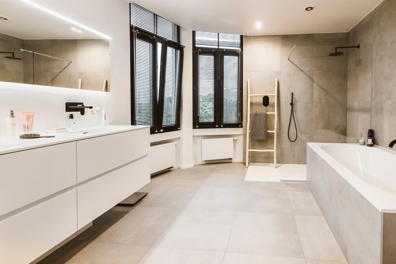 Luxueus gerenoveerde penthouse (230 m²) op uitstekende ligging te Antwerpen! afbeelding 26