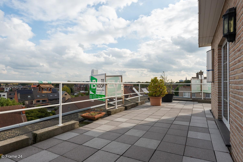 Ruim, verzorgd dakappartement inclusief grote garage (35m²) en berging in Borsbeek! afbeelding 18
