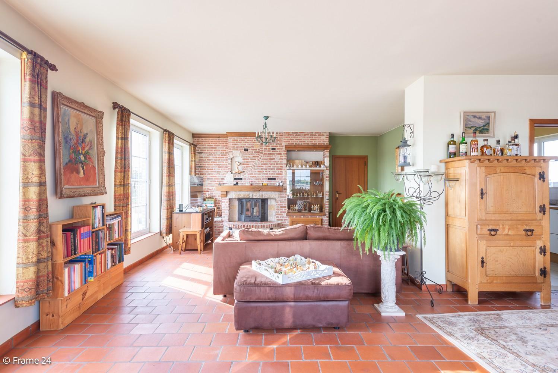 Ruim, verzorgd dakappartement inclusief grote garage (35m²) en berging in Borsbeek! afbeelding 8