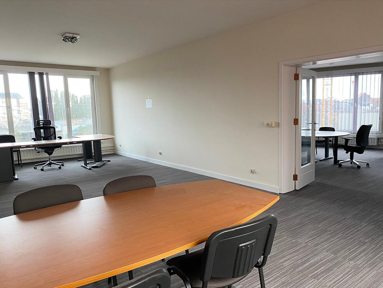 Kantoorruimte (100 m²) op centrale ligging te Antwerpen! afbeelding 4