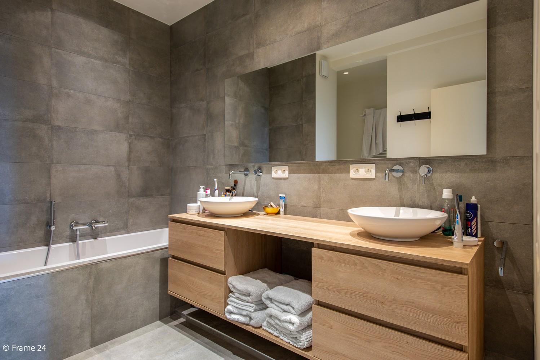 Riant luxeappartement (160 m²) met 3 slks aan het Koning Albertpark te Antwerpen! afbeelding 12