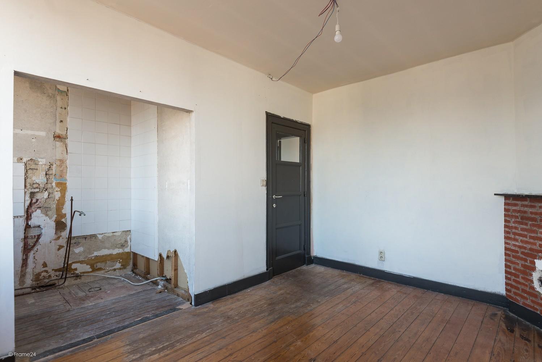 Charmante, op te frissen woning met vier slaapkamers op een centrale locatie te Merksem! afbeelding 21