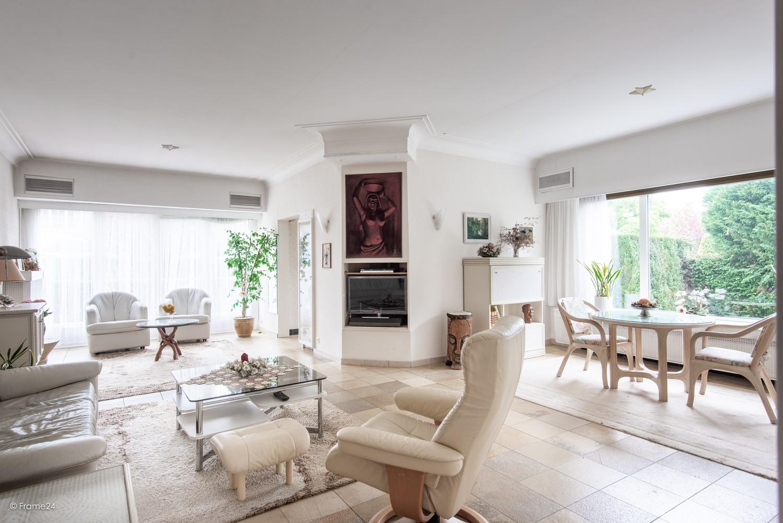 Te renoveren halfopen woning op een perceel van 576 m² te Ekeren! afbeelding 6