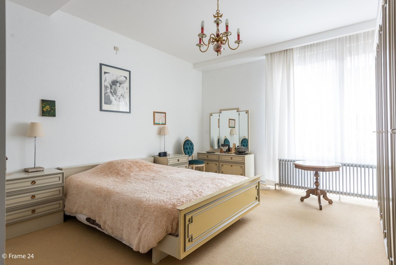 Riant gelijkvloersappartement (147 m²) met aangelegde tuin op centrale ligging te Kapellen! afbeelding 12