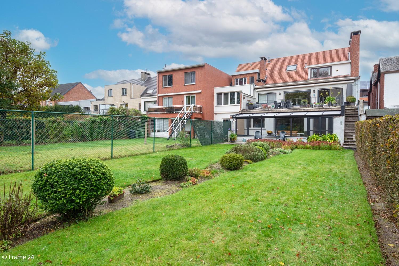 Riant gelijkvloersappartement (147 m²) met aangelegde tuin op centrale ligging te Kapellen! afbeelding 15