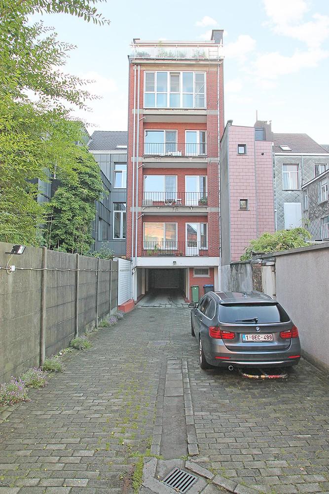 Garagebox in afgesloten binnengebied op uitstekende locatie te Antwerpen! afbeelding 4