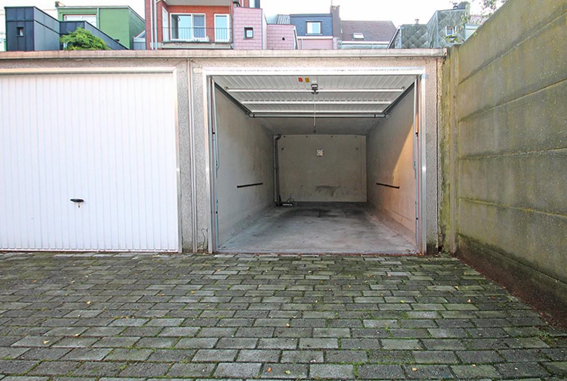 Garagebox in afgesloten binnengebied op uitstekende locatie te Antwerpen! afbeelding 3