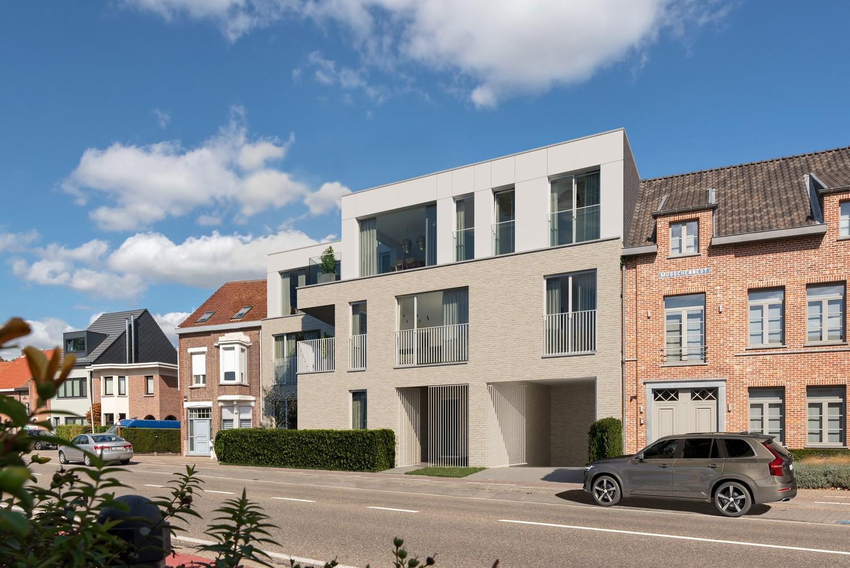 Zeer praktisch gelijkvloers 1 slaapkamerappartement (84 m²) met aangelegd terras (11 m²) en privatieve tuin (21 m²)! afbeelding 1