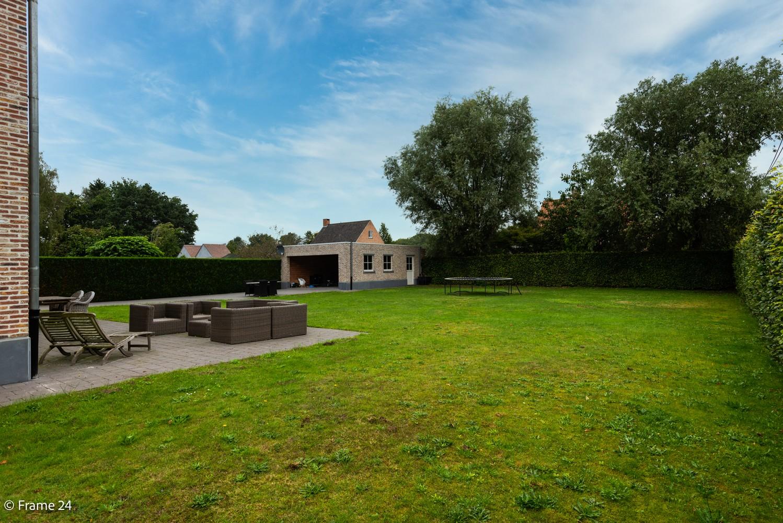 Riante pastorijwonining met praktijkruimte, 4 slpks en 2 bdk op groot perceel (1.378 m²) te Brecht! afbeelding 29