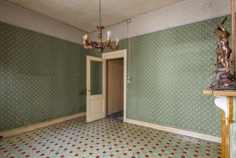Volledig te renoveren, karaktervolle woning op een rustige locatie in Duffel! afbeelding 2