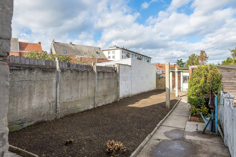 Volledig te renoveren, karaktervolle woning op een rustige locatie in Duffel! afbeelding 15