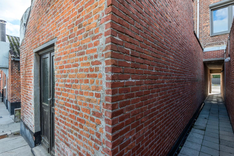 Volledig te renoveren, karaktervolle woning op een rustige locatie in Duffel! afbeelding 16