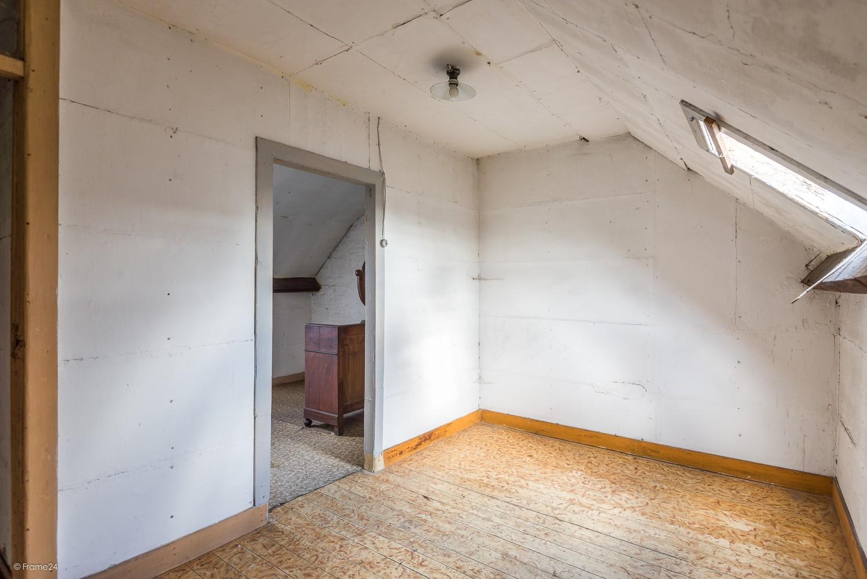Volledig te renoveren, karaktervolle woning op een rustige locatie in Duffel! afbeelding 12