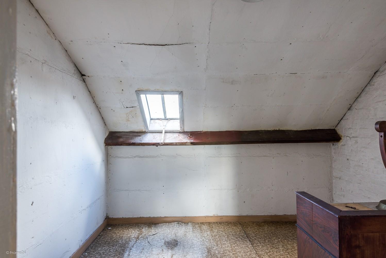 Volledig te renoveren, karaktervolle woning op een rustige locatie in Duffel! afbeelding 13