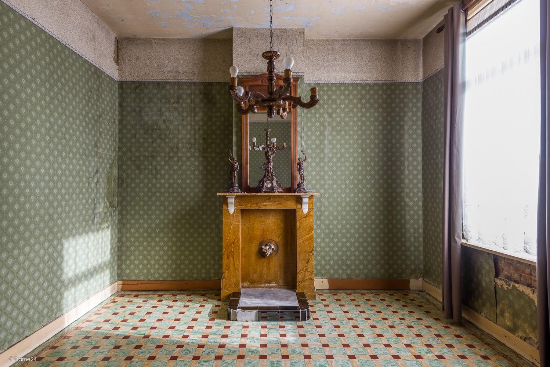 Volledig te renoveren, karaktervolle woning op een rustige locatie in Duffel! afbeelding 3