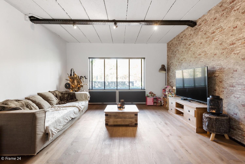 Vernieuwde villa met vijf slaapkamers en prachtige tuin op een perceel van 1.207 m² te Wijnegem! afbeelding 10