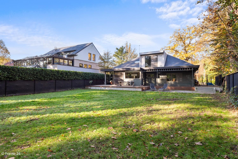 Vernieuwde villa met vijf slaapkamers en prachtige tuin op een perceel van 1.207 m² te Wijnegem! afbeelding 23