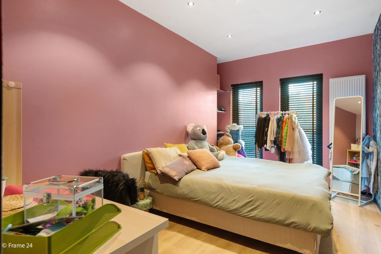 Vernieuwde villa met vijf slaapkamers en prachtige tuin op een perceel van 1.207 m² te Wijnegem! afbeelding 15