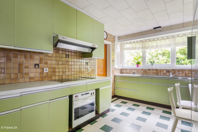 Volledig te renoveren vrijstaande woning met garage op een perceel van 1.055 m² te Brasschaat! afbeelding 12