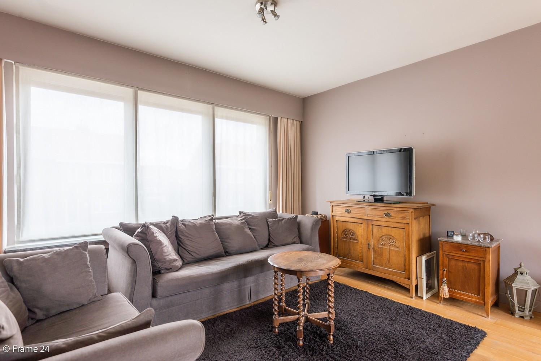 Ruime, op te frissen bel-étage met 3 slaapkamers, tuin én terras in Wommelgem! afbeelding 4