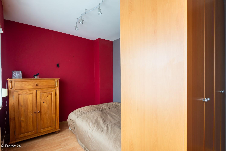Ruime, op te frissen bel-étage met 3 slaapkamers, tuin én terras in Wommelgem! afbeelding 13