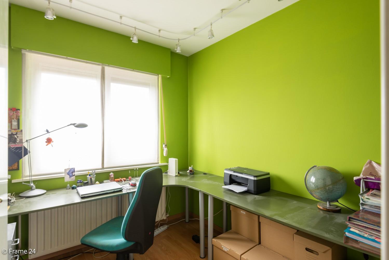 Ruime, op te frissen bel-étage met 3 slaapkamers, tuin én terras in Wommelgem! afbeelding 16