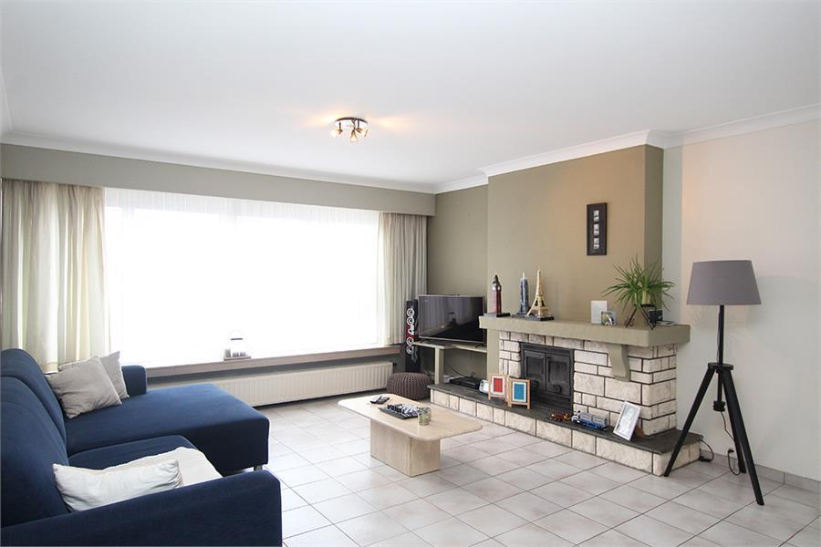 Verzorgd appartement met twee slaapkamers en garage op de grens van Deurne-Zuid en Borsbeek! afbeelding 1