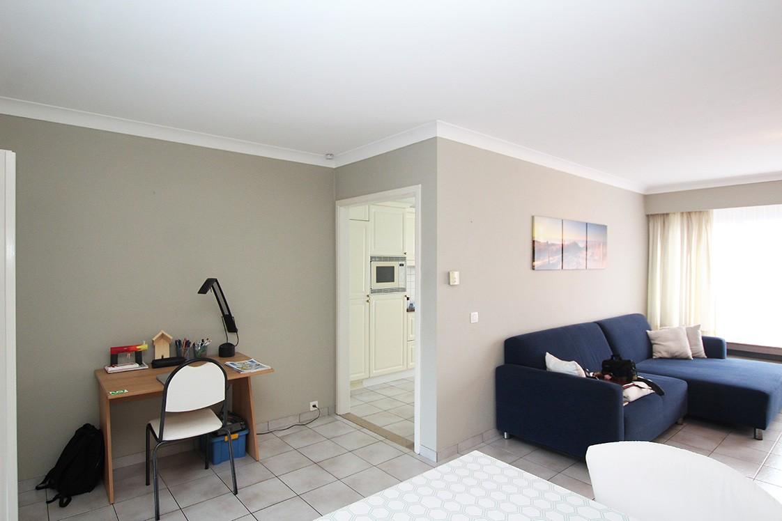 Verzorgd appartement met twee slaapkamers en garage op de grens van Deurne-Zuid en Borsbeek! afbeelding 2
