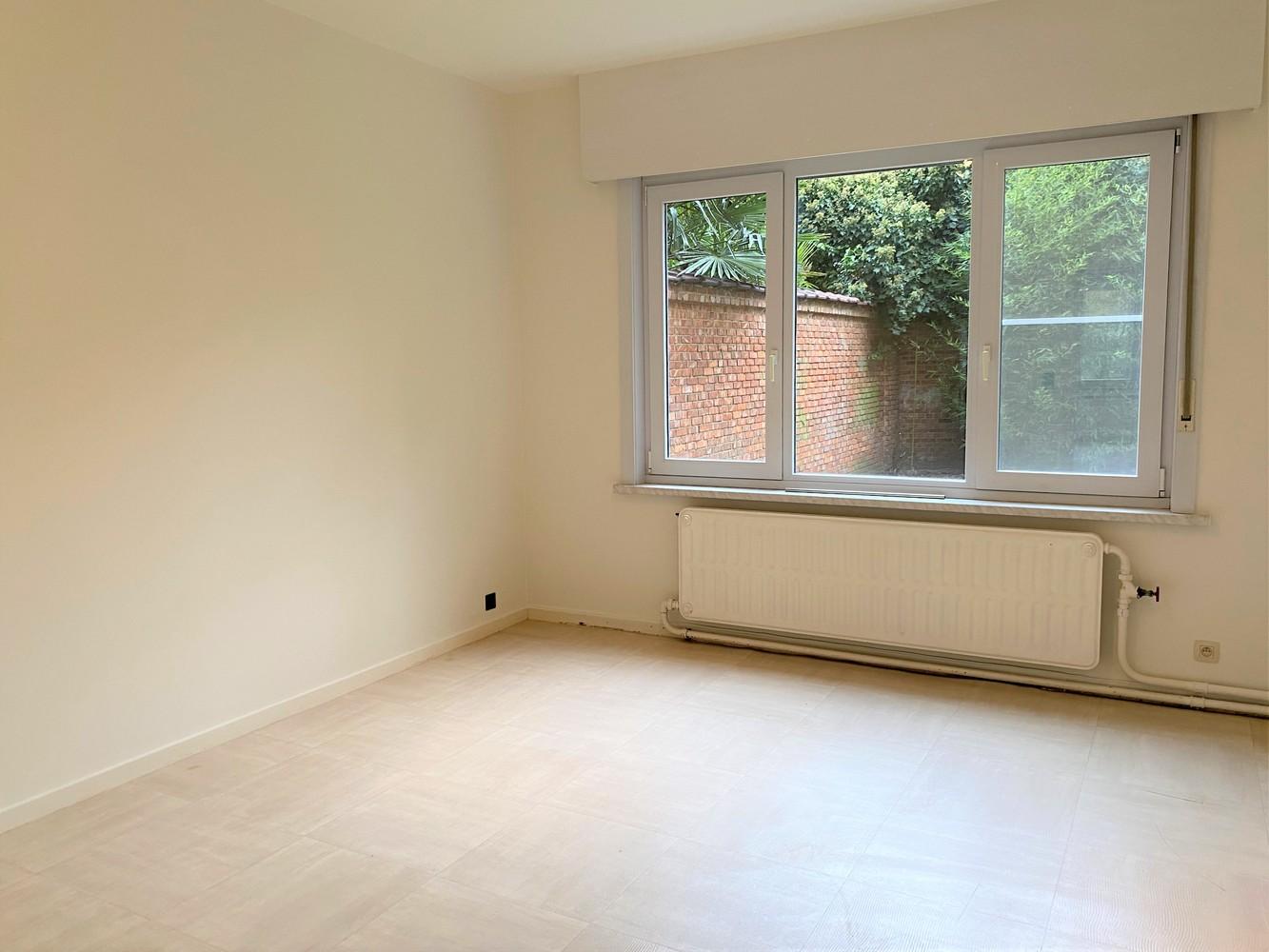 Gerenoveerd, gelijkvloers appartement met 2 slaapkamers en ruime tuin (94m²) in Antwerpen! afbeelding 13