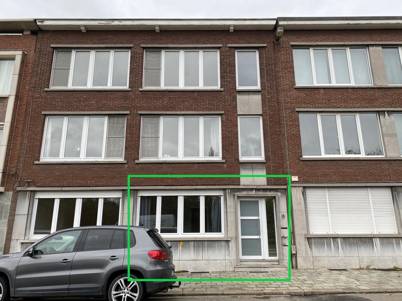 Gerenoveerd, gelijkvloers appartement met 2 slaapkamers en ruime tuin (94m²) in Antwerpen! afbeelding 1