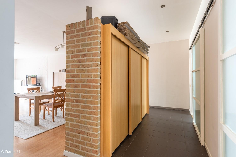 Zeer ruim en instapklaar gelijkvloers appartement met tuin en garage te Wijnegem! afbeelding 9