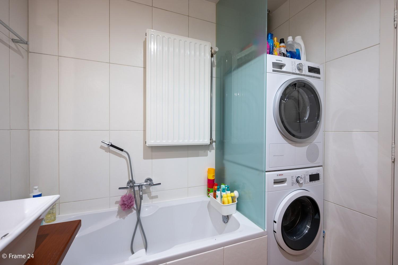 Mooi en instapklaar appartement met terras en garage te Wijnegem! afbeelding 15