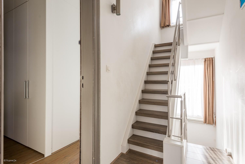 Ruim triplex-appartement met 6 à 7 slpks in centrum Schoten! afbeelding 9