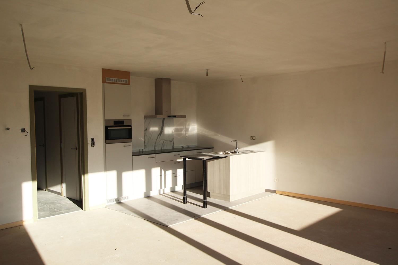Prachtig gelijkvloers appartement met 2 slaapkamers en tuin te Wommelgem! afbeelding 4