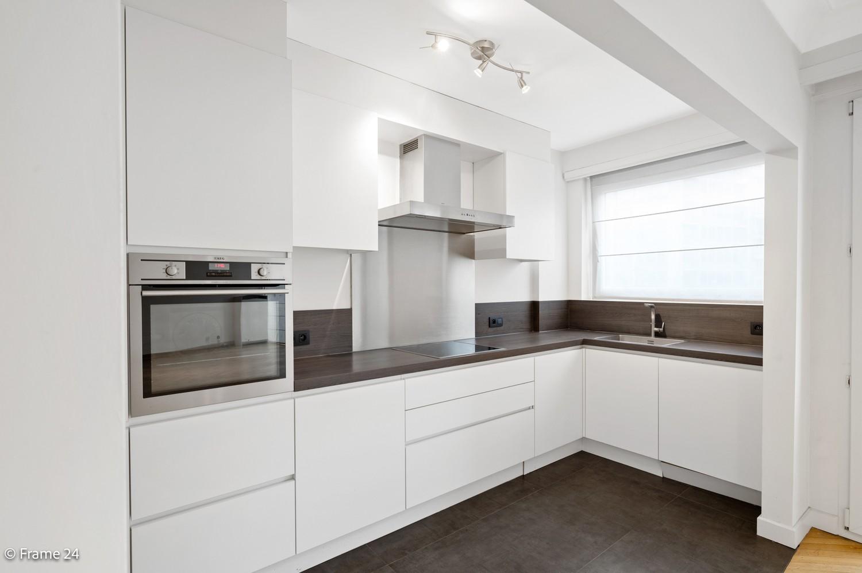 Vernieuwd en riant appartement (115 m²) in Diamantwijk te Antwerpen! afbeelding 2