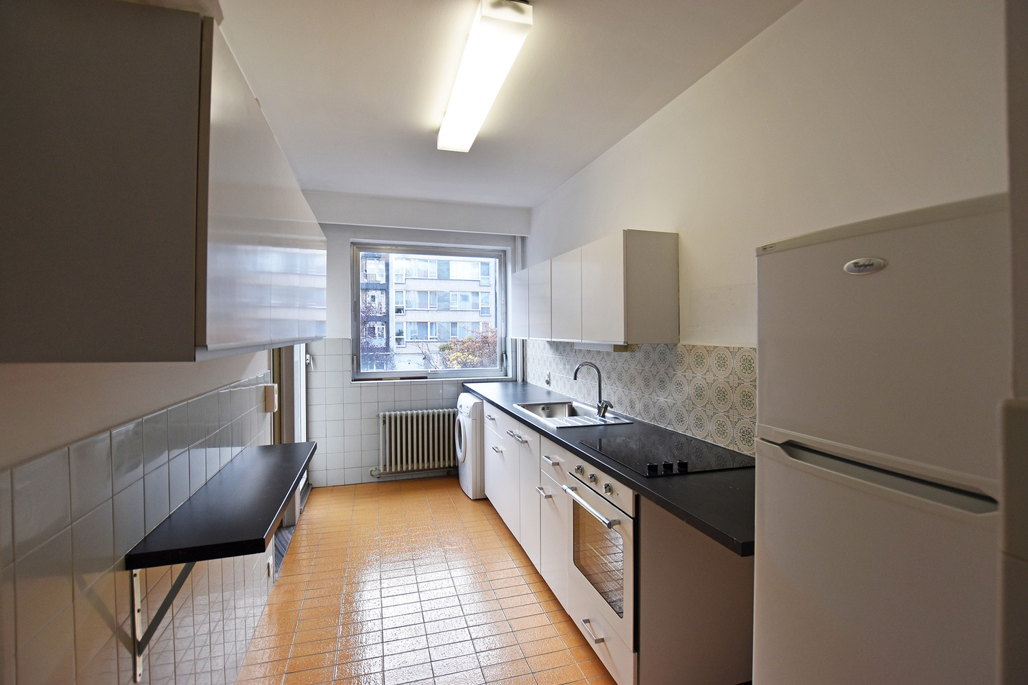 Ruim appartement (+/- 110 m²) met twee slaapkamers en lift te Borgerhout! afbeelding 3
