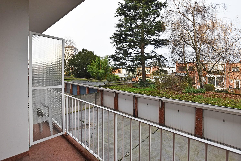 Ruim appartement (+/- 110 m²) met twee slaapkamers en lift te Borgerhout! afbeelding 11