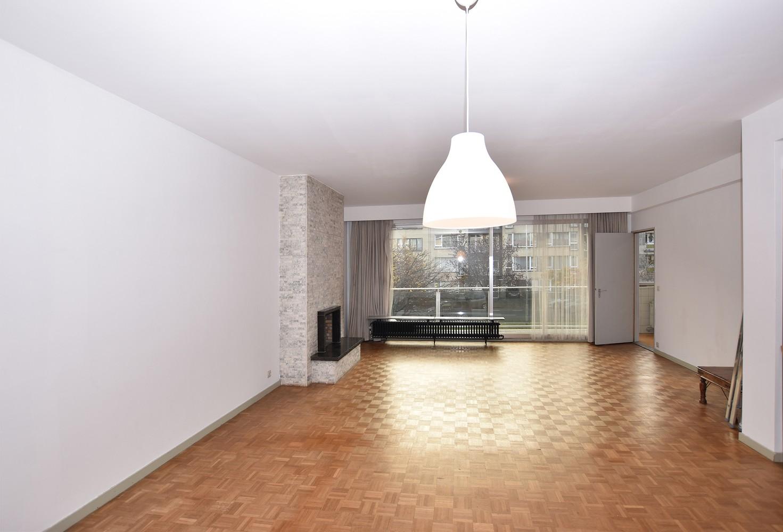 Ruim appartement (+/- 110 m²) met twee slaapkamers en lift te Borgerhout! afbeelding 2