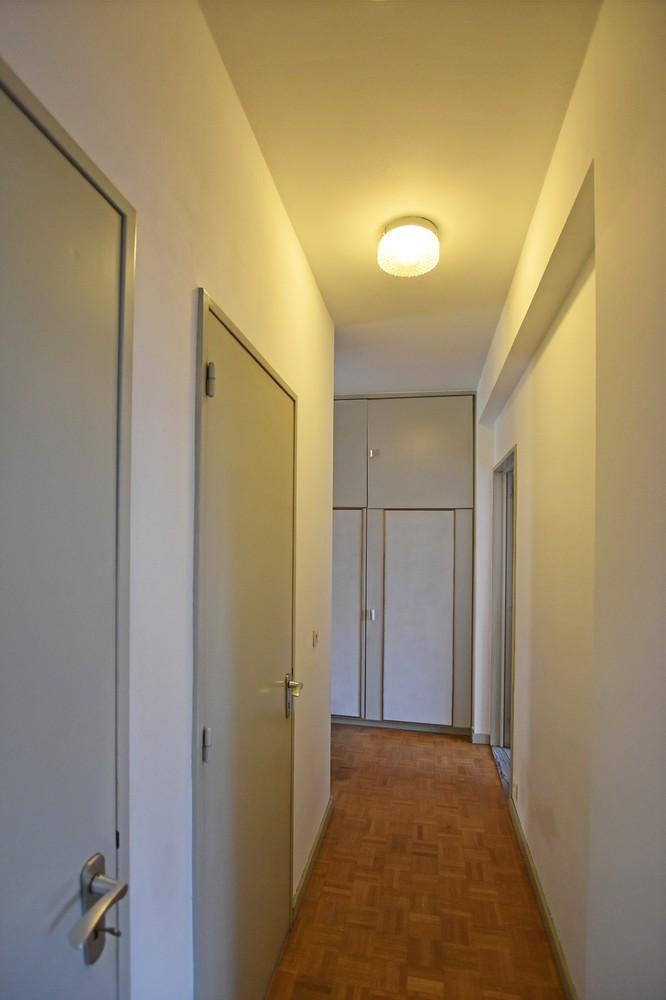 Ruim appartement (+/- 110 m²) met twee slaapkamers en lift te Borgerhout! afbeelding 5
