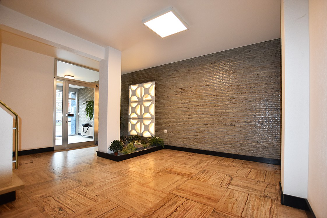 Ruim appartement (+/- 110 m²) met twee slaapkamers en lift te Borgerhout! afbeelding 14